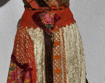 """Wonderfoul Dress """"Zoïa"""" golden velvet dress, Art to wear, Unique, Feminine"""