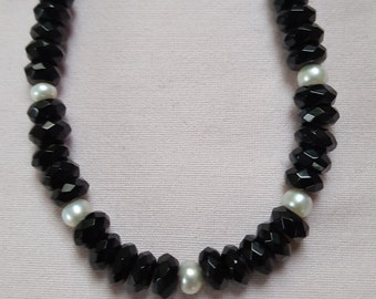 Faceted Onyx with Pearl