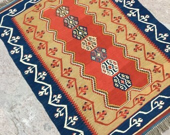 Turkish Nomade Design Kilim Rug  /  4' x 2' 11'' ft / 1.22 x 0.89 mt