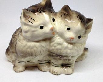 Vintage Two Cats Figurine, Kitties Figurine, Kitten Figurine, Tiger Cat Figurine, Cat Statue, Ceramic Cat