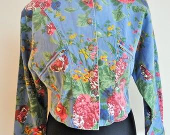 Vintage Denim Jacket / Flowers / Medium / M / Jean Jacket / Boho / Light / Clothes /  Floral print / Denim Roses / Oversize / Oversized