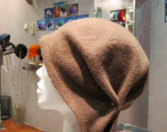 Winter felt hat/Cloche hat/Wool hat/Women's winter hat/ Brown hat