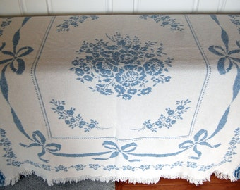Home Decor Vintage Tapestry Throw, Lap Throw, 100 % Cotton Blanket, Cottage Chic, with Floral Design, Pale Blue and White with Fringes