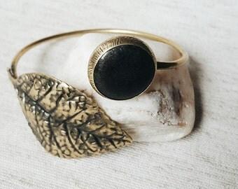 Bracelet,Brass bracelet,Brass Bangle,Women bracelet,Adjustable bracelet,Antik Gold,Onyx stone,Black stone,Retro style,Boho Style