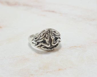 Gemini Ring in Sterling Silver, Silver Gemini ring, gemini jewelry silver, silver zodiac ring, gemini zodiac ring, silver zodiac jewelry