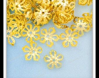 50 Flower Bead Caps, Filigree Bead Caps, Gold Bead Caps 8 x 8 mm  bc132