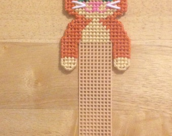 Kitty Bookmark, Plastic Canvas,  Cat Lover Gift, Cat Bookmark, Valentines Gift, Unique Bookmarks, Needlepoint Canvas, Kids Valentines