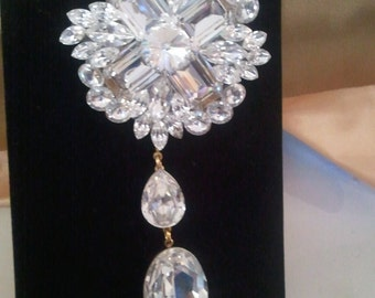 Dangling Swarovski Crystal Brooch