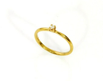 Tiny diamond ,0.05 ct ,VS-G/H,ring-Engagement ring-14 or 18k gold-Petite diamond ring.