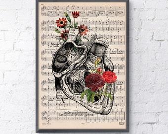 Summer Sale Heart with flowers over music sheet Love gift, first aniversary gift, Music student Girlfriend gift, music sheet SKA080MSL