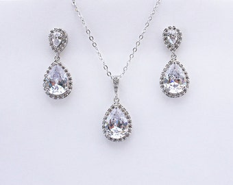 Bethany - Crystal Jewelry Set, Bridal Jewellery Set, Crystal Teardrop Earrings And Pendant, Bridesmaid Gift, Bridesmaids Jewelry Set