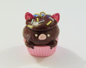 Adorable Chocolate Pig Cupcake charm - FoodForFriends