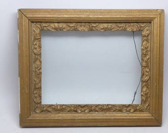 Vintage Wood Picture Frame with Glass - Holds a 8 x 6 inch Picture - Antique Wood Picture Frame