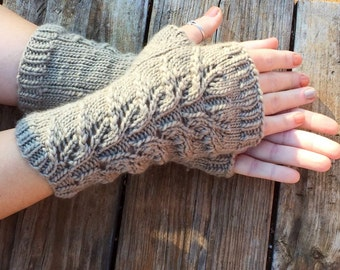 Outlander Inspired fingerless gloves, Herb Garden Mitts, Claire's  gloves, wool, long gloves, mitts, arm warmers,