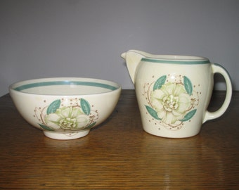 Susie Cooper Gardenia Milk jug and Sugar bowl c1930+