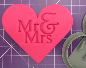 Mr&Mrs Heart Cookie Cutter | Love Cookie Cutter | Wedding Cookie Cutter | Valentines Day | Valentines Cookie | Bridal Shower Cookie Cutter