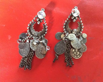 REMINISSENCE french 1980s long drop earclips,light,Indian style