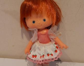 Vintage Strawberry Short Cake Dancin' Ballerina Doll Kenner 1980s