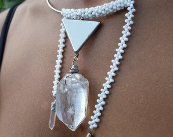 Ta Meu Bem Quartz Pendant Choker/Seed Bead Choker/Quartz Crystal Necklace/Quartz crystal choker/Quartz point/Quartz crystal pendant