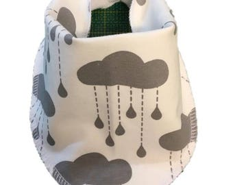 Baby bib rain cloud