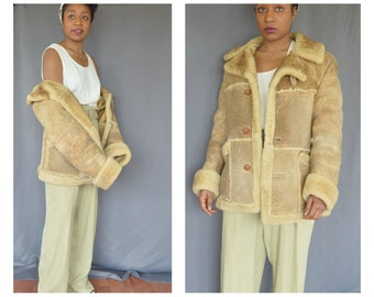 Suede oversized shearling coat 1970s vintage coat - Medium