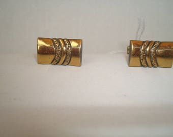 Vintage British exquisite  gold tone cufflinks