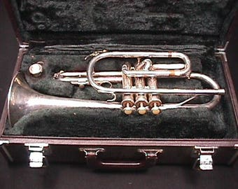 Vintage Yamaha Model YCR 231 S Silver Platted Cornet in it's Original Case as-is. 13 T