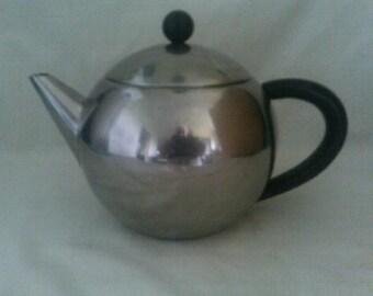 Teapot Baccarrat Ball Filter Teapot 2 cup