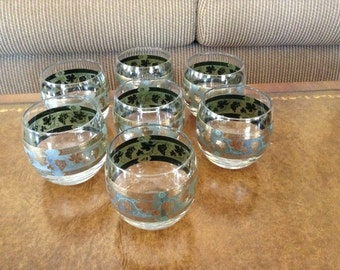 Cera Glass Golden Grapes-Green Roly Poly