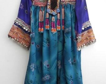 Kuchi tribal gypsy Dress Vintage 1970's /  Afghani Embroidered Folk Dress / bohemian gypsy Goddess