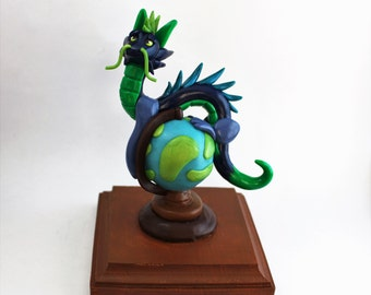 Globe Dragon with Base