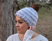 Ponytail Knit Hat, Messy Bun Hat, Jogging Hat, Running Hat, Pony Tail Headband | MESSY BUN BEANIE