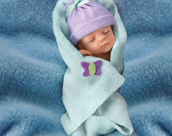 Ashton Drake Bundle Babies - Bundle of Joy 4'' Baby Doll by Sherry Rawn