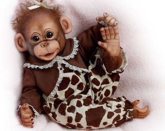 Ashton Drake -LITTLE ENU (Love to be Cuddled) Lifelike Baby Monkey Doll by Cindy Sales