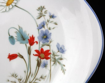 Royal Albert Bone China Cake Plate in the New Romance Summer Breeze Pattern 10.5 inches