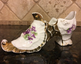Vintage Victorian Gold and White Porcelain Shoe with handpainted Pansy design