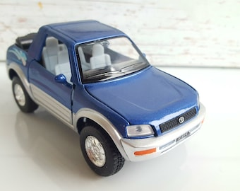 Toyota  RAV4 Cabriolet , metal toy car model. Lovely collectible item!