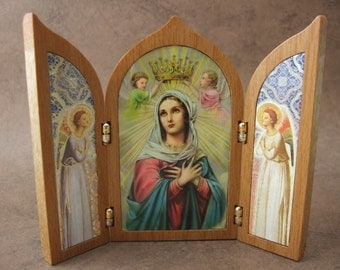 Virgin Mary Queen of Heaven Triptych Shrine with angels icon