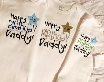 Happy Birthday Daddy Custom Date onesie. I love daddy. Custom Daddy. Dad Birthday. Daddy Birthday. Guys Birthday. Dad Birthday Gifts.