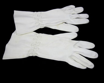 Gloves Women's White Fabric Dress  Size 6.5 1960s