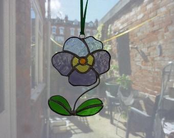 Stained glass Pansy suncatcher,Pansy, Flower suncatcher.