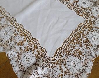 Antique Edwardian Schiffli Lace Tray Cloth