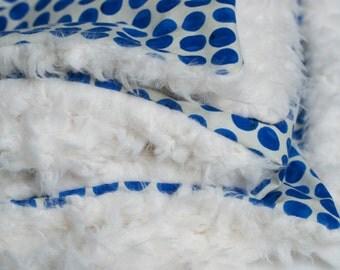 blue baby blanket, blue kids bedding, blue crib blanket, blue toddler blanket, blue baby bedding, blue faux fur, blueberry blanket