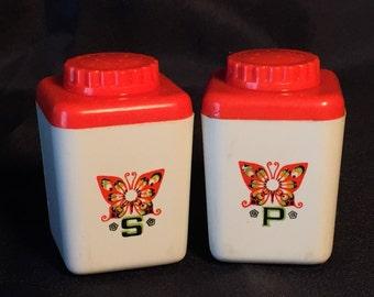 Vintage Salt & Pepper Shaker