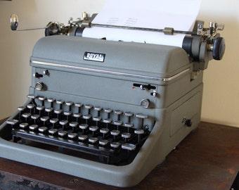 Vintage Royal Typewriter, touch control typewriter, gray Vintage Typewriter, 1940s royal typewriter