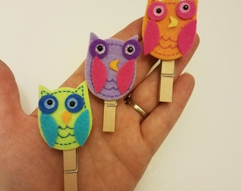 Funky Colored Owls bookmarks / page markers / page holders / sale / clothespin