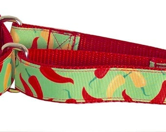 Chili Peppers Leash, Red & Yellow Peppers Martingale Collar (Medium), in Light Green, Yellow and Red.