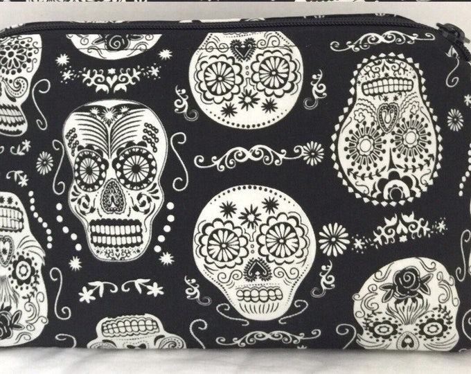 Black & White Skull Bag, Sugar Skull, Day of the Dead Bag | make up bag, fun bag, money bag, cosmetic bag, zipper pouch