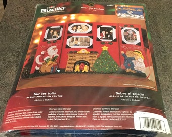 "Bucilla Plaid 85025 Over The Rooftop Felt Photo Album 17.5 x 12 "" Christmas Santa Fire Place Tree Family Album Maria Stanziani Sealed New"