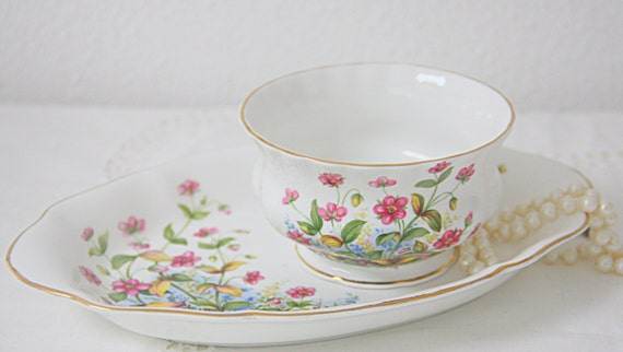Vintage Richmond Sugar Bowl and Matching Tray, Pink Flower Decor